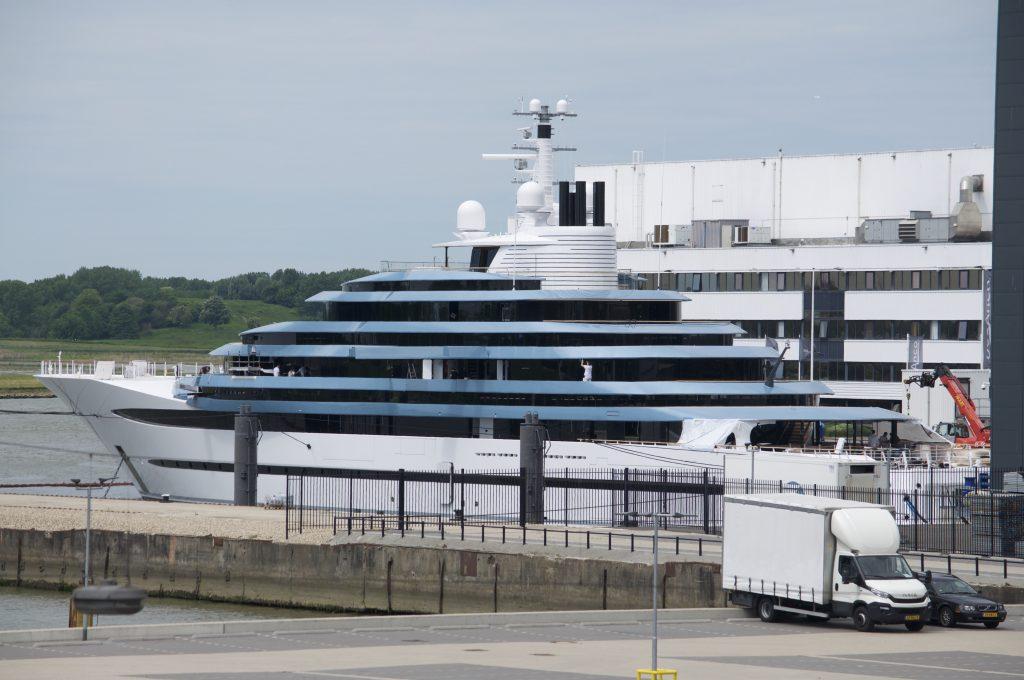 Jubilee Yacht - Oceanco achterkant