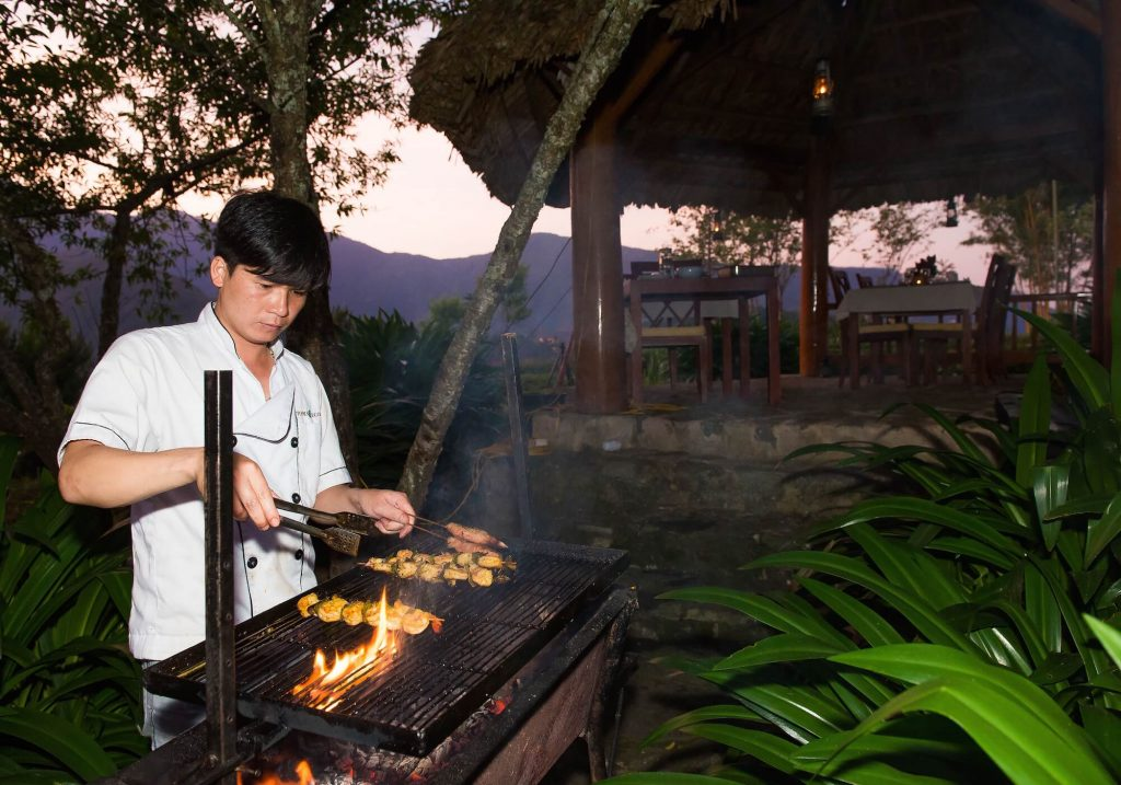 Topas EcoLodge Diner Manisfaction