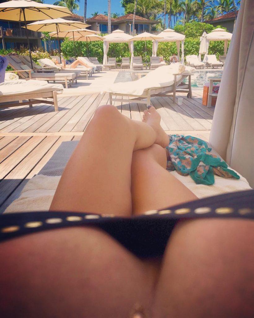 Monday's Manisfaction - Tatjana Simic