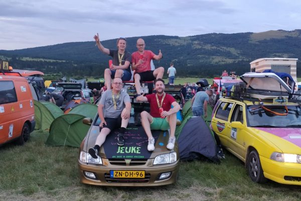 Carbage Run 2018 Team Jeuke zijn Carbage Runners
