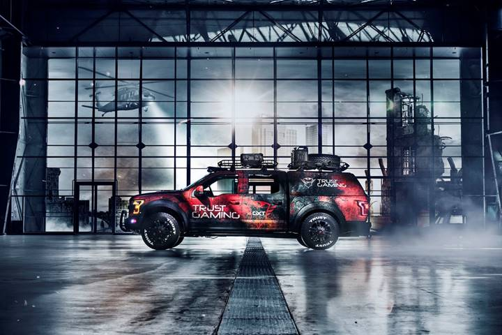 The Ultimate Trust Gaming Car: GXT Raptor