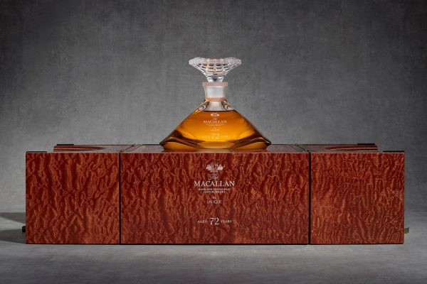Macallan 72 jaar Box en Karaf - Manisfaction