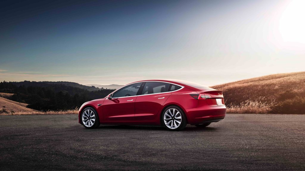 Tesla Model 3 - rood - Manisfaction
