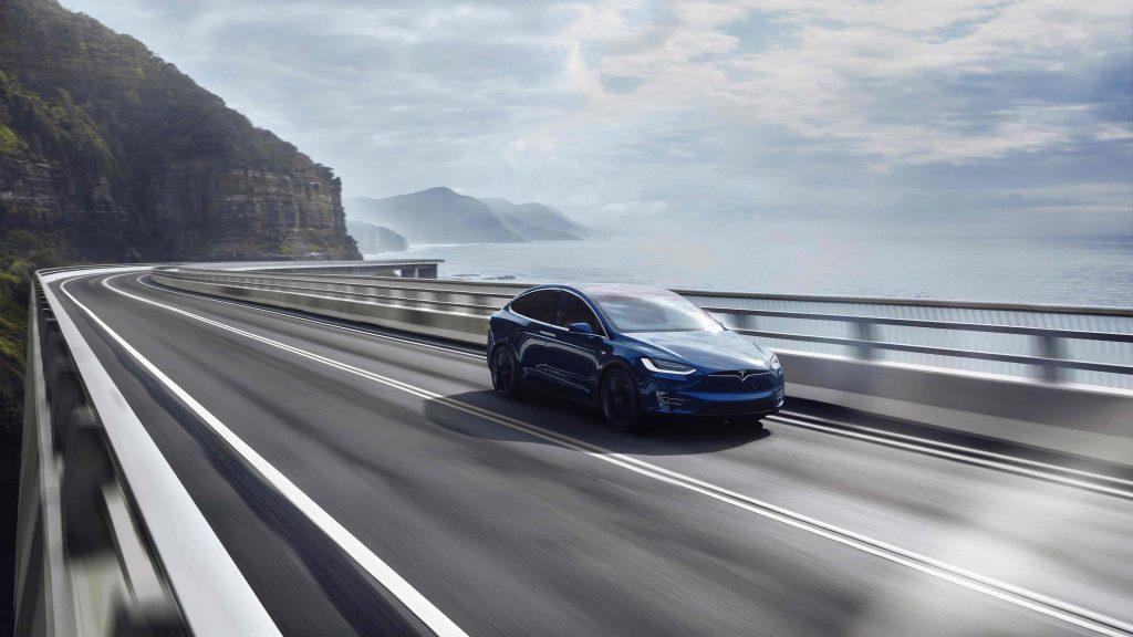 Tesla model X Kustlijn - Manisfaction