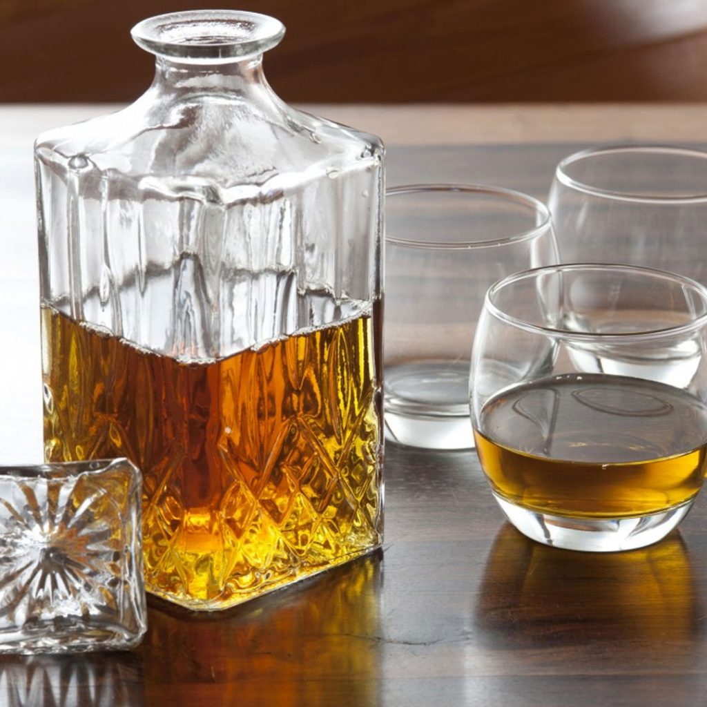 whisky decanter karaf set